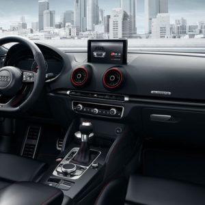 Audi RS 3 wnętrze