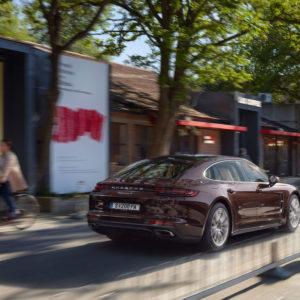 Porsche Panamera od tyłu