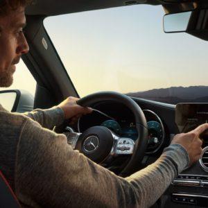 Mercedes Klasa GLC w trakcie jazdy
